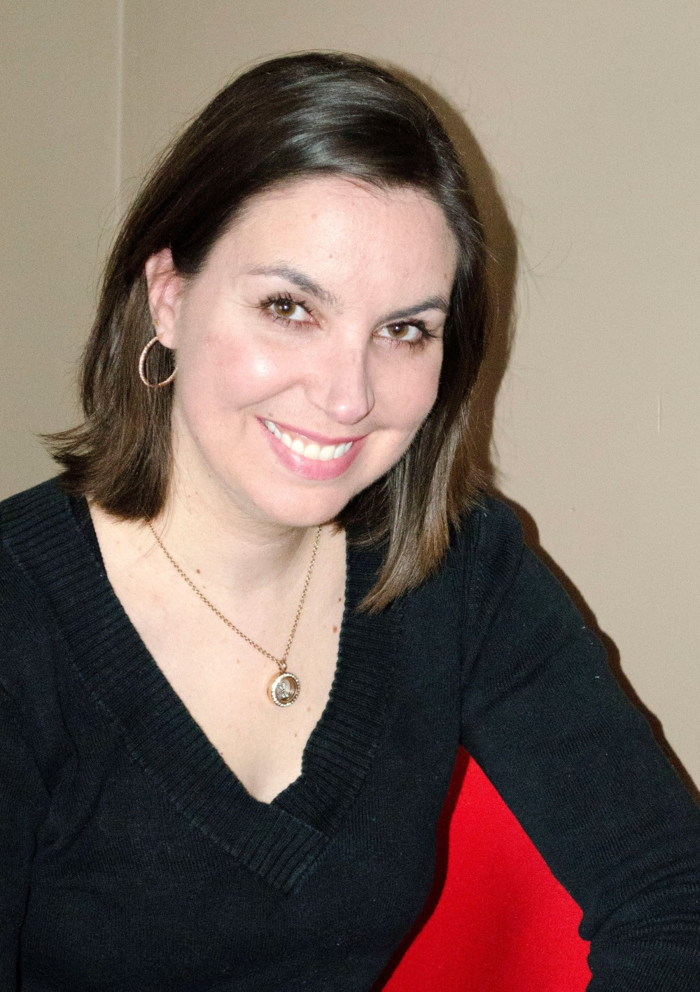Amanda Giasson Author Pic